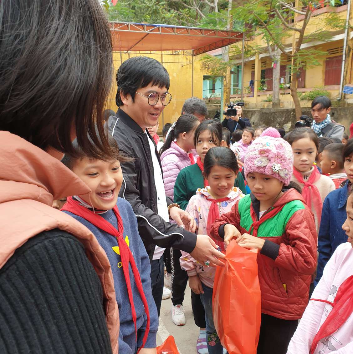 Babeeni's charity journey in Ha Giang